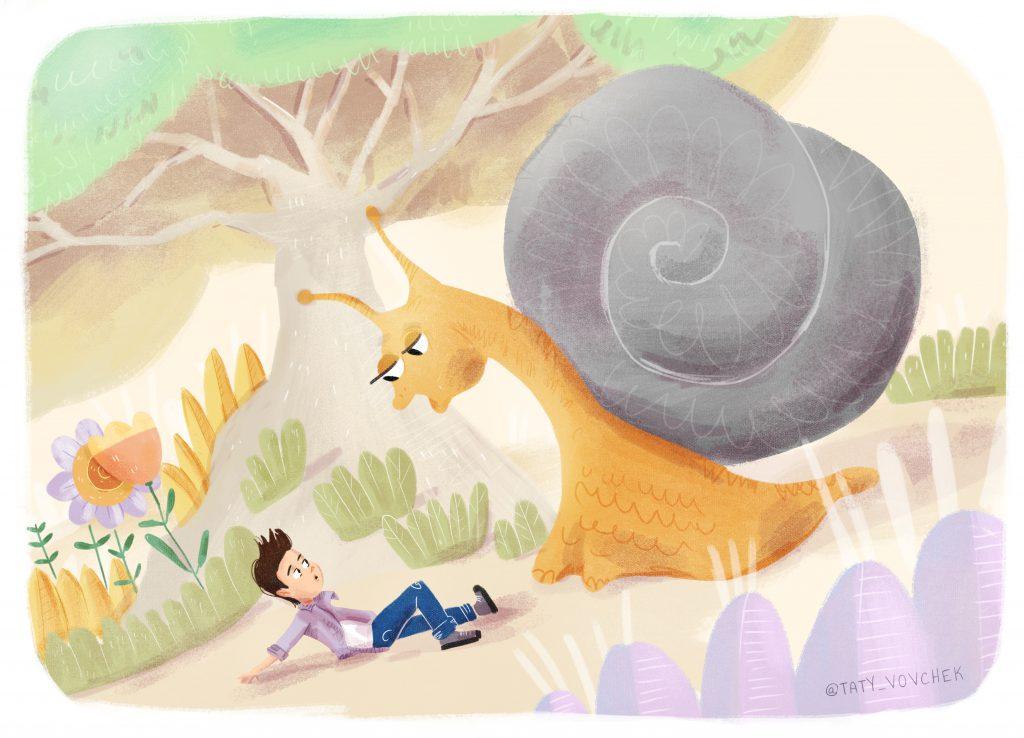 Un escargot géant se penche au dessus d'un petit garçon.